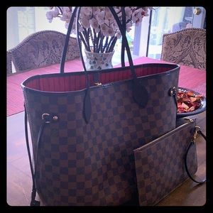 Louis Vuitton | Lv Neverfull Mm: Brown/red
